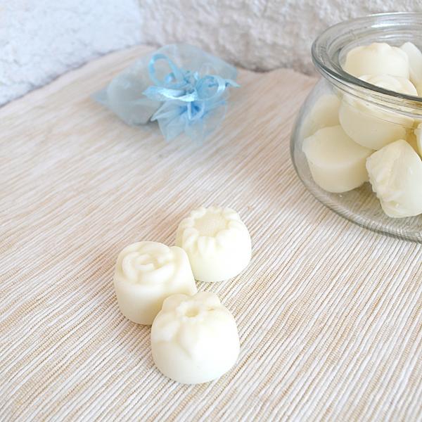 Cire-a-fondre-parfumee-senteur-fleurie-edelweiss